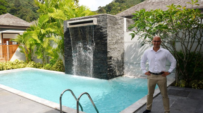 Asa Marsh Show Luxury Villa With Pool Waterfall