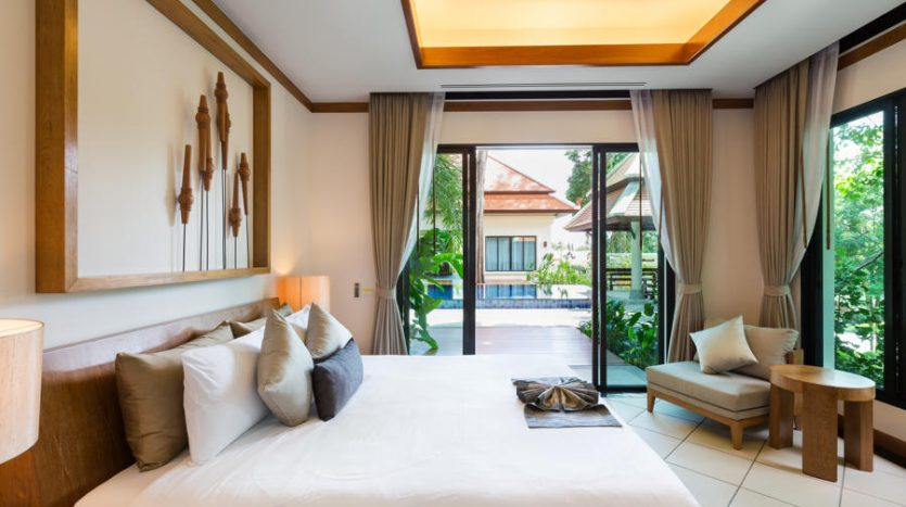 Easy living phuket rawai naiharn villas high return bedroom