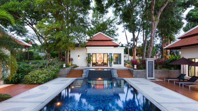 Easy living phuket rawai naiharn villas high return